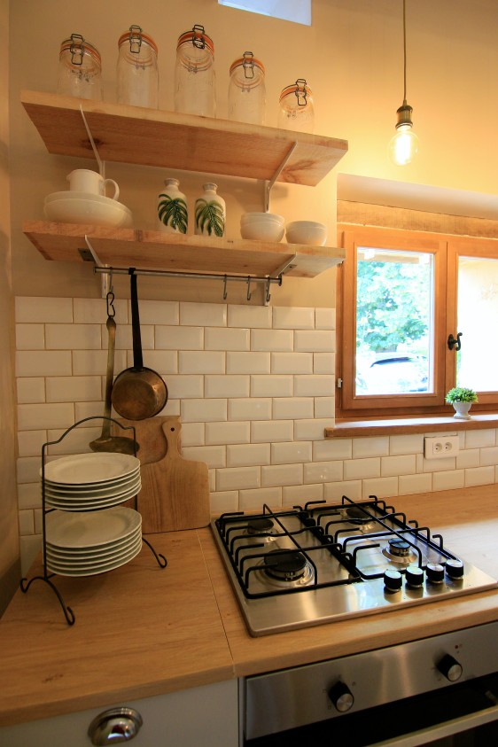 Guest kitchen close up