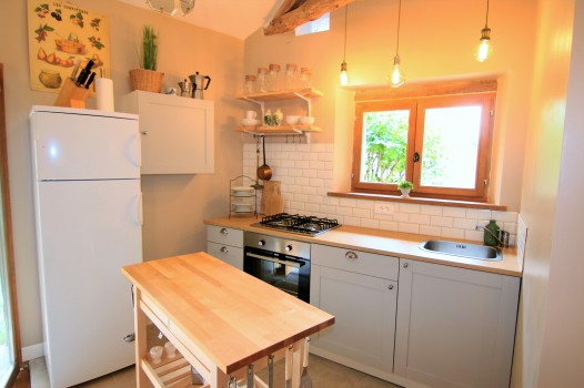Guest kitchen in barn conversion