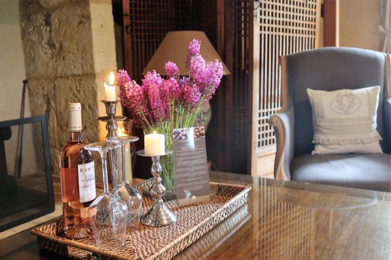 Chambre Noix, coffee table